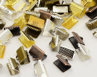 30 ribbons a 10 x 7 x 5 mm claw clasps