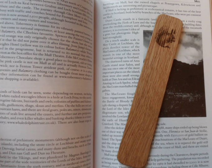 Red Squirrel Oak Bookmark. Wildlife Gifts, Gifts for Him, Gifts for Her.
