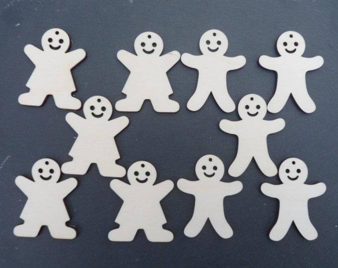 Gingerbread Men & Women Decorations.