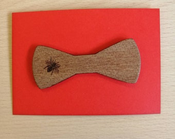 Beautifully Engraved Mahogany Bow Style Bee Brooch