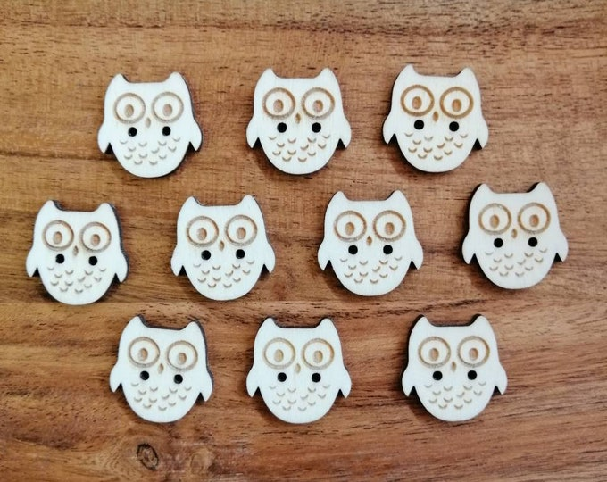 Wooden Owl Buttons, Pack of 5 or 10, Decorative Fun Buttons, Ideal for Sewing, Crafting, Scrap Booking, Embellishments, Fun Buttons.