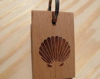 Sea Shell Handmade and Hand Finished Beech Wood Keyring.