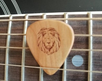 Lion Engraved Cherry Wood Guitar Pick