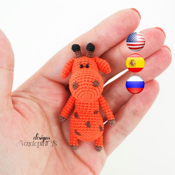 Ravelry: Baby Giraffe Amigurumi pattern by Courtney Deley | 570x570