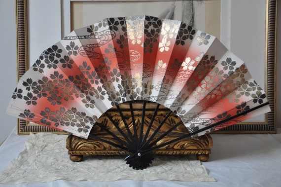Antique Japanese Kabuki fan, Vintage Japanese Fold