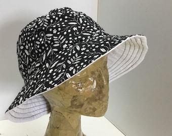 Womens summer sun hat 32, handmade bucket hat,womens summer bucket hat, casual black/white sunhat, top stitched brim