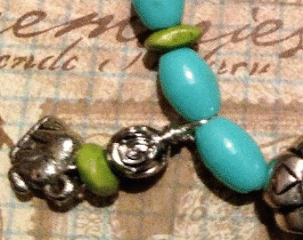 Spring Thing  Turquoise and Lime Green Beaded Necklace