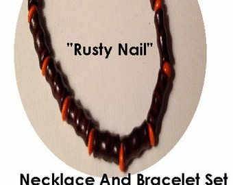 Rusty Nail Wooden Necklace And Bracelet Srt