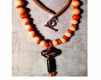El carazon Orange and Ivory Necklace Pendant