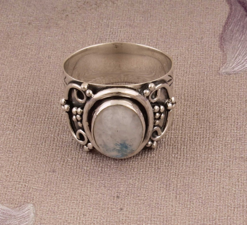 Beautiful Ring Natural Rainbow Moonstone Sterling Silver Ring,Boho Ring,Twisted Band Ring,Dainty Rings,Top Selling Item Gift For Her