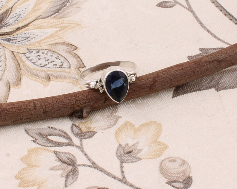 Iolite Gemstone Ring Cut Stone Boho Ring Little Finger Ring 925 Sterling Solid Silver Ring Antique Silver