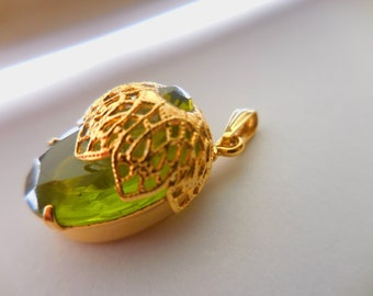 Pendant, by Juliana D & E for Sarah Coventry, 1970, Lime Green faux Peridot, Gold tone Filligree, no chain, Vintage