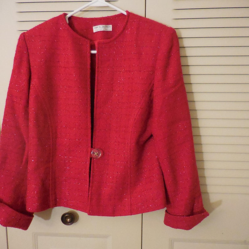 dadaea949 Ladies 2 pc Red Suit, Jacket, Skirt, Size 8 Petite, Italian Designer  Chantal Gaudreau, Sparkly thread,Blazer, top, Bottom, Women's, Vintage