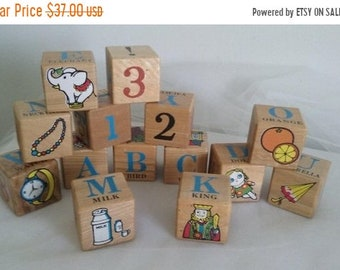 a Vintage tray blocks in abc