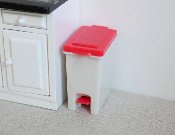 1//12 Dollhouse Miniature Kitchen Step on Wooden Bin Garbage Trash Waste Can El