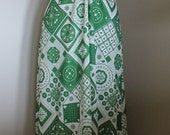 Vintage Green and White G...