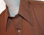 Vintage  Brown Button Dow...