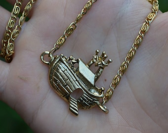 Giraffe and Boat Necklace
