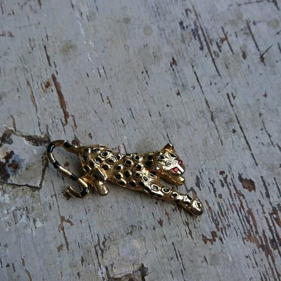 Vintage 1980s leopard brooch, 80s brooch leopard,