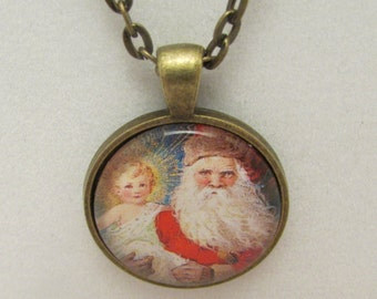 Santa Claus and Baby Jesus Necklace, Christmas Necklace, Glass Necklace, Glass Pendant, Glass Photo Pendant, Vintage Edwardian Christmas