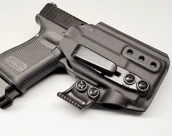 Glock 19/23/32 with Olight PL Mini - Custom Kydex IWB Holster  (Glock 19 Gen 3-5 Compatible)