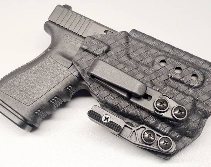 Glock 19/23/32 with Streamlight Tlr-8 Custom Kydex IWB Holster  (Glock 19 Gen 3-5 Compatible)  - Hand Made in the USA!