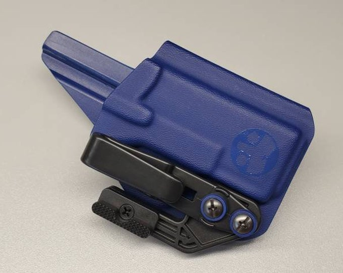 Springfield Armory Hellcat IWB Holster | Custom Kydex IWB Holster with Concealment Wing and Tuckable Clip