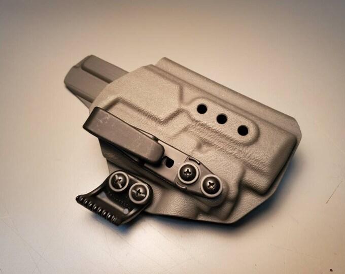 Olight PL Mini 2! Hk VP9 with Olight PL Mini 2 | Custom Kydex IWB Holster