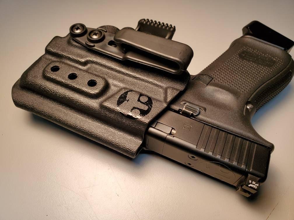 Glock 19/23/32 with Olight PL Mini - Custom Kydex IWB