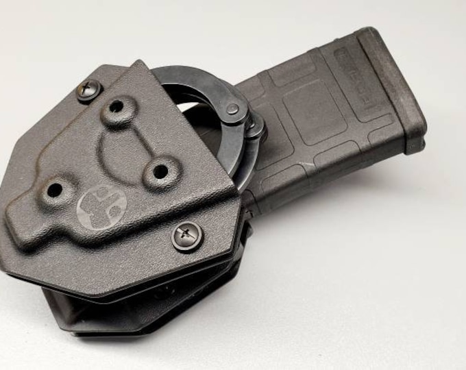 ASP Hinged Cuff Holder and Universal OWB Single AR/M4 Magazine Carrier |Ambi/Reversible