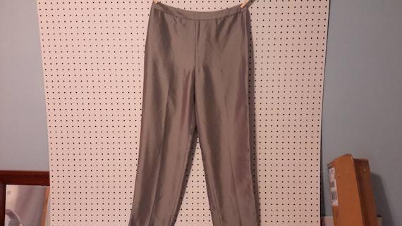 Ann Taylor Silk Side Zip Dress Pants Size 10...NWT