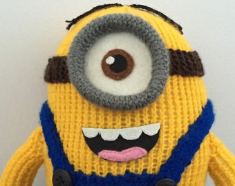 Stuart the Minion Knitting Pattern PDF