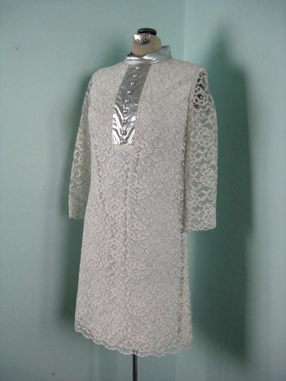 60s Space Age Mod Lace Silver Dress - image 1