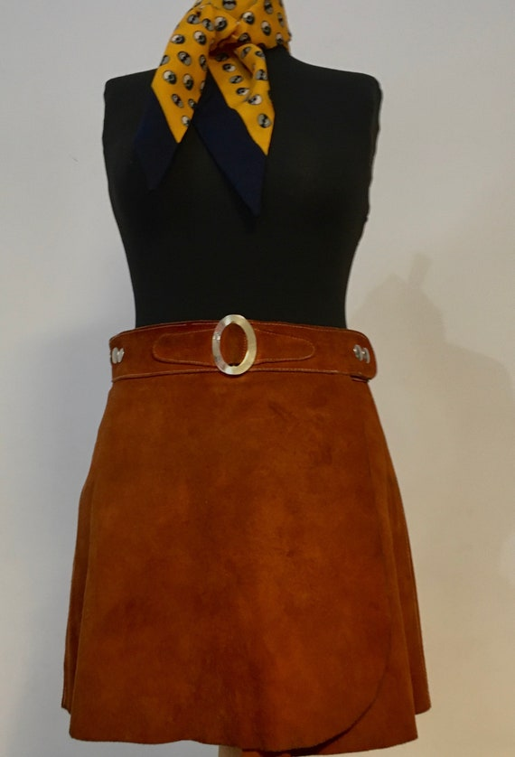 Lovely 1960s suede / Leather brown mini skirt