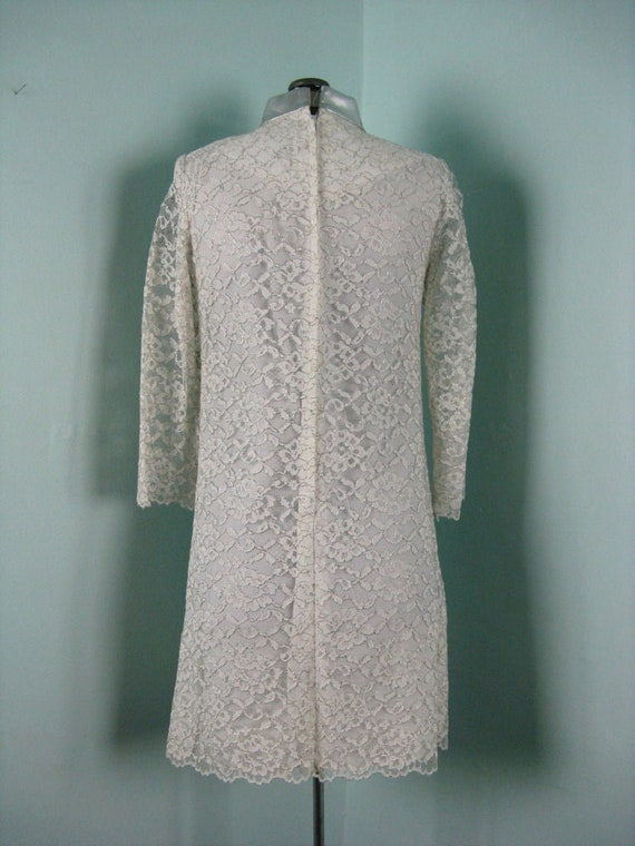 60s Space Age Mod Lace Silver Dress - image 4