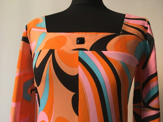 Amazing Emilio Pucci bell Sleeve dress