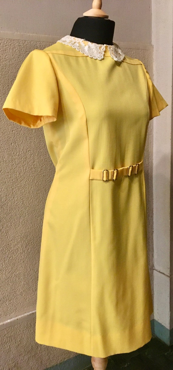 Original 60s Bright Yellow Peter Pan collar dress - image 4