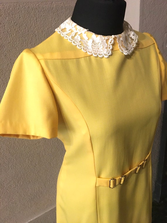 Original 60s Bright Yellow Peter Pan collar dress - image 5