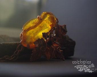 Baltic Amber necklace, copper pendant, bib necklace, yellow honey amber necklace, amber pendant, 100% handmade, unique gift, natural amber