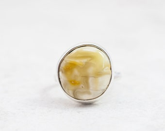 Raw Baltic Amber Ring Round Amber Ring Natural Amber Stone Ring Yellow Amber Statement Ring Silver Ring with Amber Stone Amber Jewellery