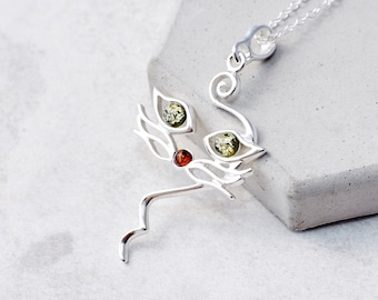 White amber necklace-miss cat pendant-253A