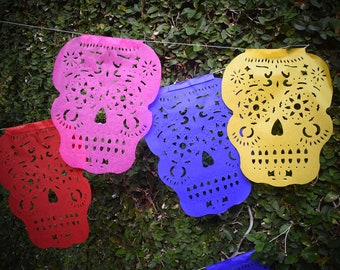 Sugar Skull Bunting Banner Halloween Party Bunting   5m 16ft Banner with 14 Medium Flags   Day of the Dead Decor UK EU