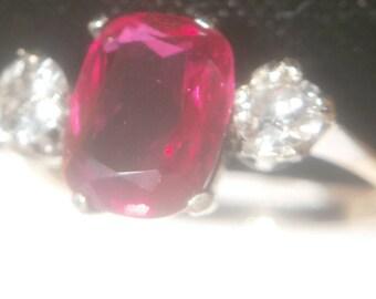 FREEPOST!  NATURAL Diamond and rare Tanzania ruby spinel 9ct gold ring