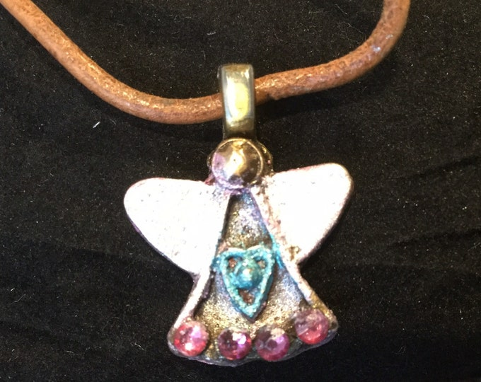Kids 2 Tiny angel made of bronze and enhanced by 4 Swarovski Crystals and jewelers dye