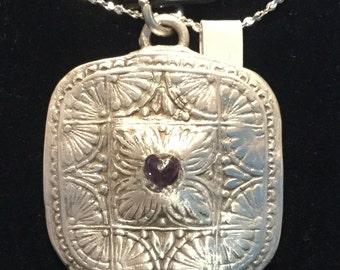 "CF061 Pure silver pendant, handmade, tiny cubic zirconium heart in Center , 20 "" silver chain"