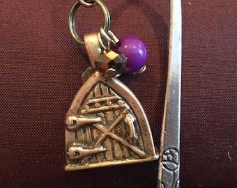 C166 Fairy Door bookmark, Copper, handmade bookmark on a copper shank with fairy vine
