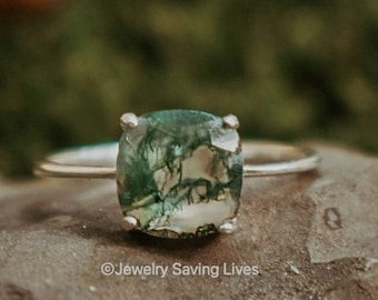 Moss Agate ring, square moss agate ring, alternative engagement ring, square moss agate ring, green moss agate ring, moss agate dainty ring
