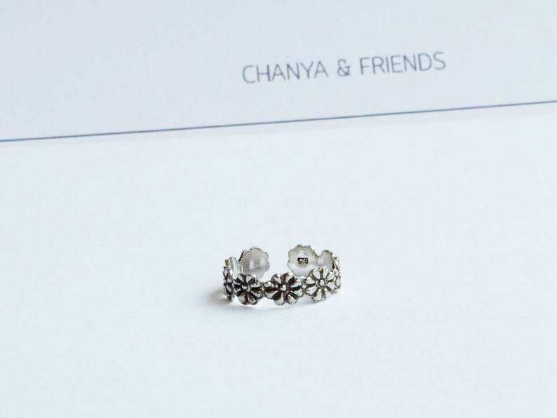 Flower tribal toe ring Sterling silver ring   boho jewelry image 0