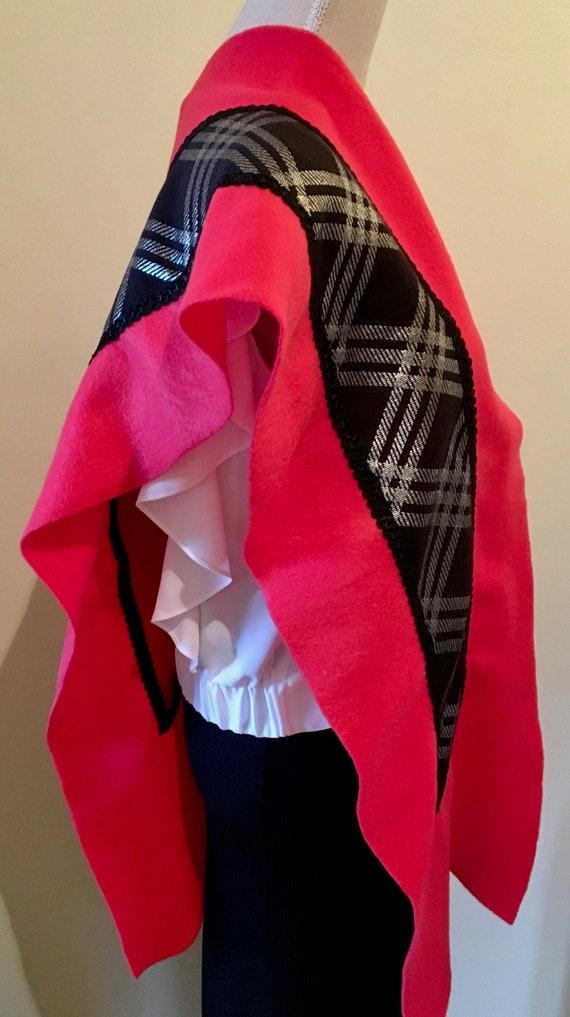 d983a901fe76 Echarpe Etole pour Femme en polaire rouge et noir Style   Etsy