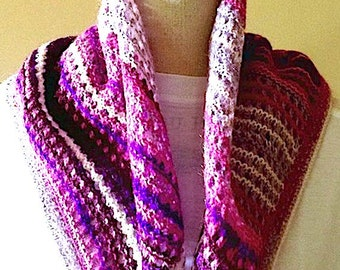 Heater shoulder, scarf, Bandana, purple, pink, grey, hand-knit, Made In France, original Creation, HeyLaineInFrance, Madame Bovary.